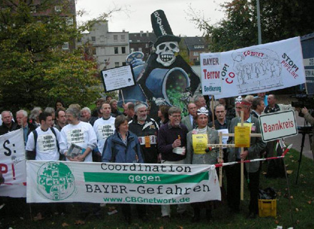 http://www.mbi-mh.de/bis2009/Bayer-Giftgas-Pipeline.jpg